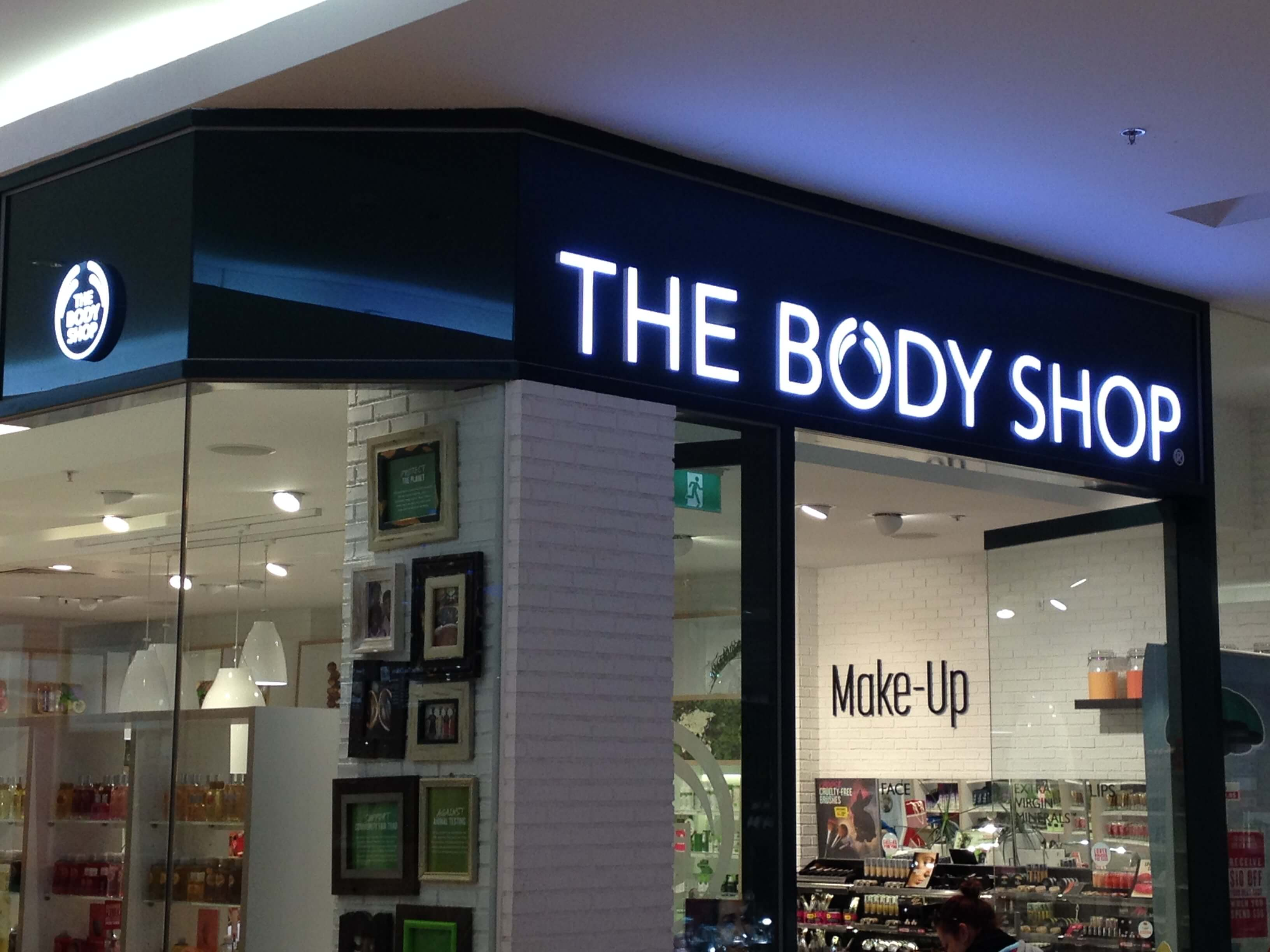 body shop case study essays The body shop strategy we gather from the essay that this is certainty the case with body shop changing its direction in our study guides highlight the.